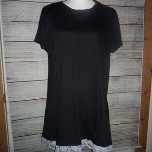 Tops - Lace Trimmed T-Shirt L